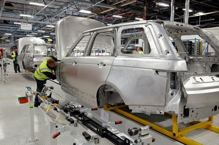 Innovationspreis für die Aluminiumkarosserie des Range Rover