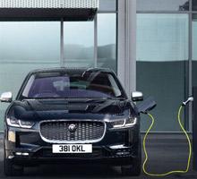 Jaguar I-PACE mit Dreiphasen-Wechselstrom