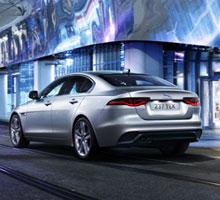 Jaguar XE geht noch effizienter ins neue Modelljahr